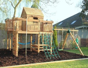 Treehouse With Cargo Net & Swing Arm