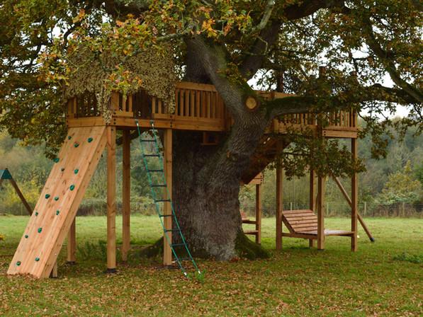 Bespoke treehouse - Somerset