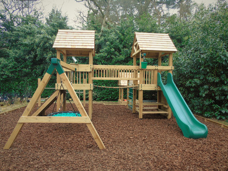 Play towers - Surrey 2019