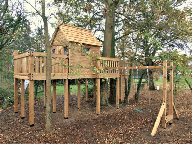 Treehouse - Berkshire