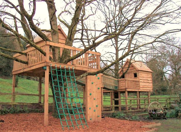 Treehouse - Somerset 2016