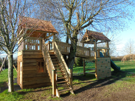 Treehouse With Steps