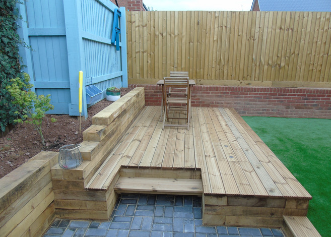 Decking With Concealed Chiller Proj
