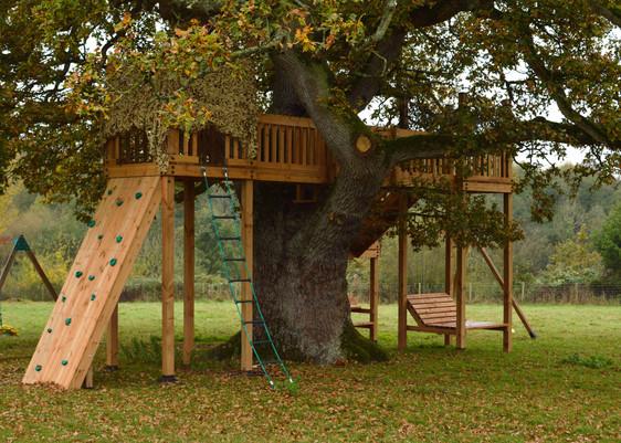 Bespoke Treehouse