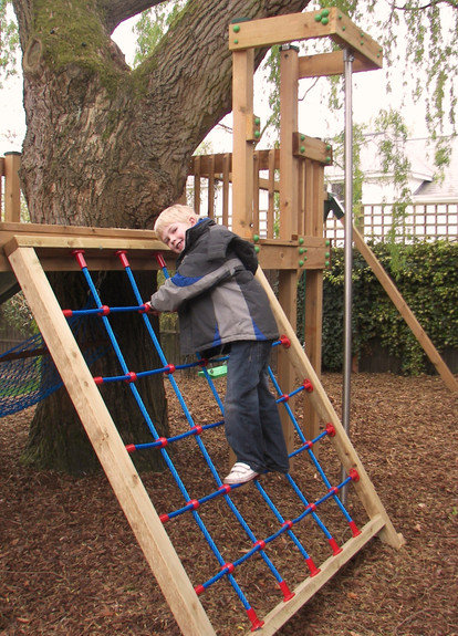 Play Tower - Surrey - Steel Core Cargo Net