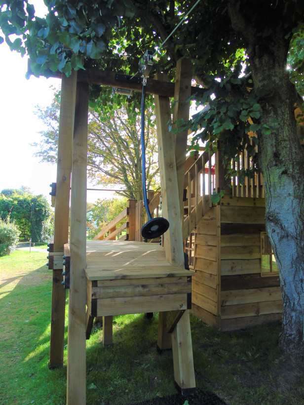 Treehouse with zip wire