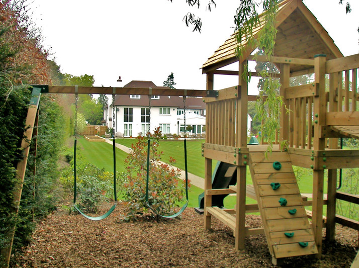 Play Tower - Surrey - Swing Arm