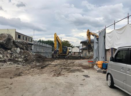 【甲府のオフィス】既存建物の解体が行われている現地確認