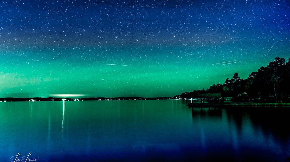 TOrch lake northern lights.jpg