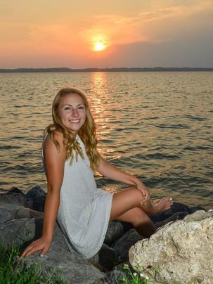 senior portrait sunset