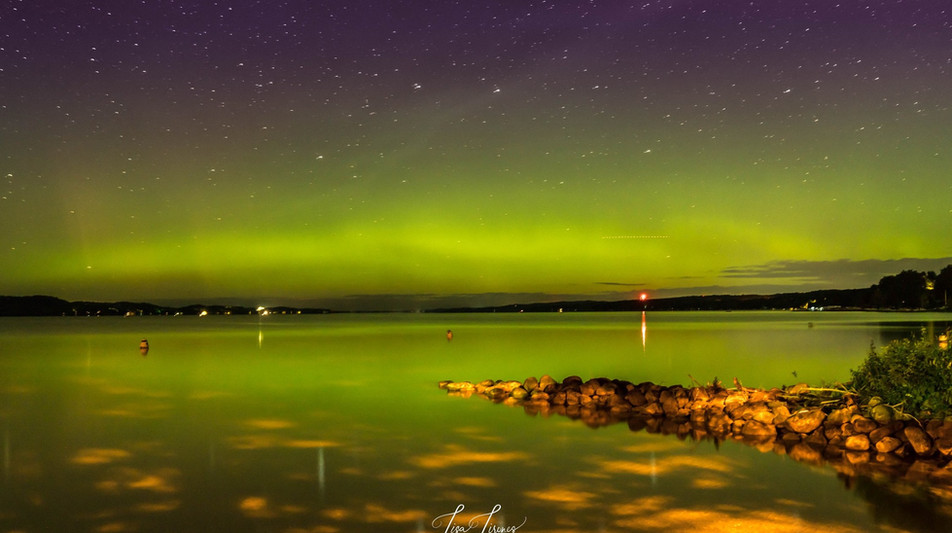 surreal northern glow.jpg