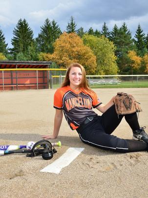 senior portrait softball