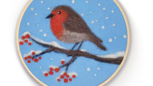 The Crafty Kit Co Robin in a hoop