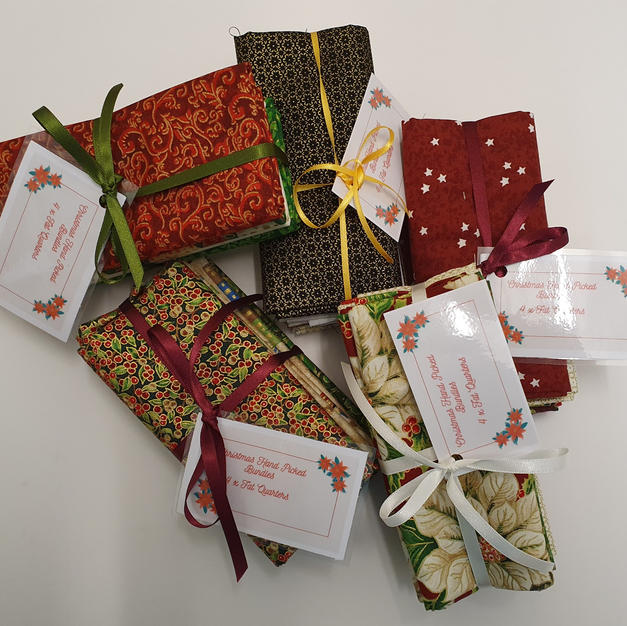 Christmas Fat Quarter Bundles