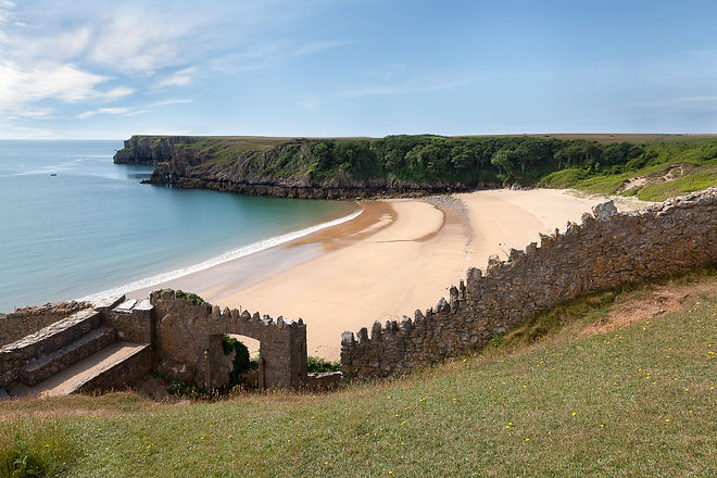 Barafundle Bay, secluded beach in Wales.