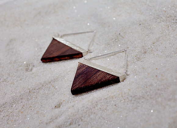 Kayu Triangle earring in Rosewood