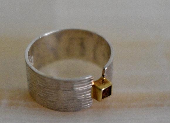 Two Toned Rhodolite Garnet Ring