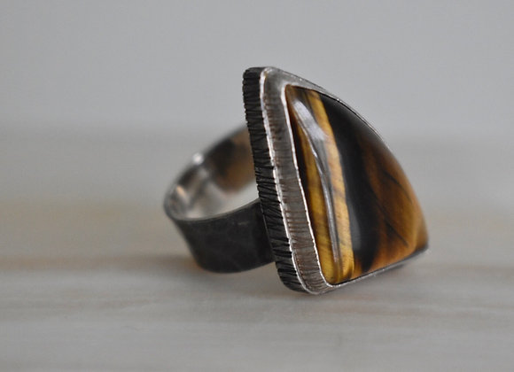 Double Bezel Tigers Eye Ring 11