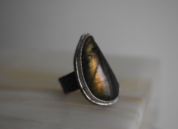 Labrodorite Double Bezel Oxidized Ring 10