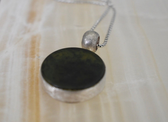 Deep Green Simple Pendant