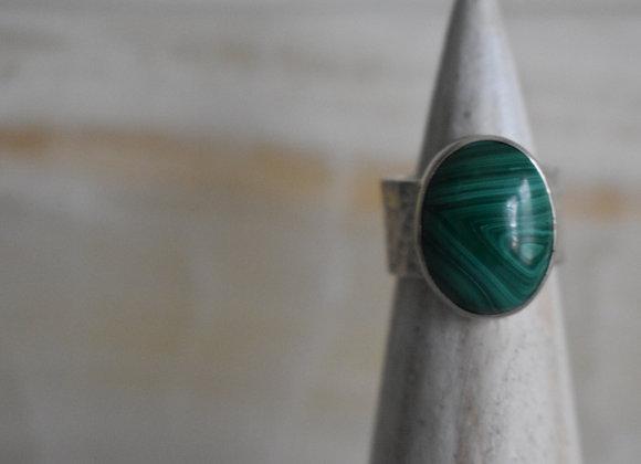 Malachite Hammered Band Ring  6.5