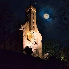 Veitsburg bei Nacht.jpg