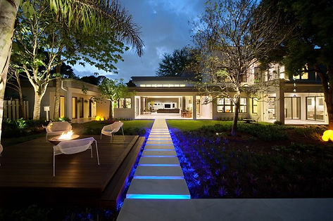 cool-outdoor-lighting-design-modern-exte
