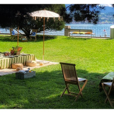 What else do you need for a perfect picnic?  All you need to do is write to us (infoteepees@gmail.com) and we will organize everything for you.