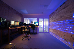 MT Studio28