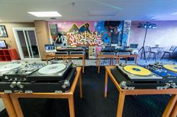 MT Studio33