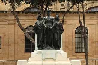 Malta_-_Valletta_-_Triq_ir-Repubblika_-_