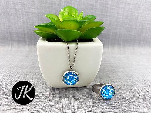 Teremtett világ: Kékvirágos, üveglencsés nyaklánc és gyűrű szett
