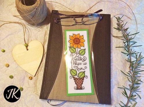 Reading helps us grow, könyvjelző, keresztszemes hímzéssel