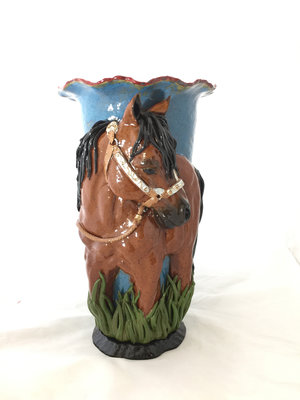 STRONG AND PROUD QUARTER HORSE VASE