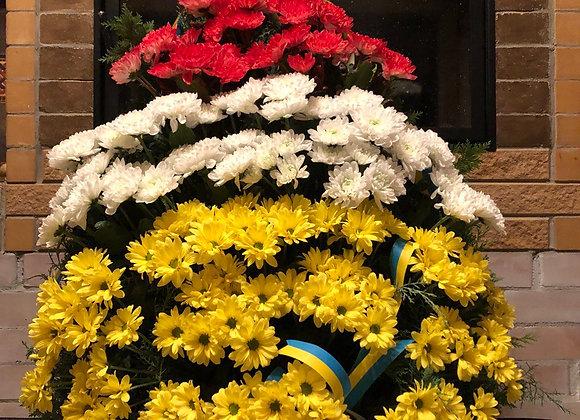 Венок на возложение из хризантемы