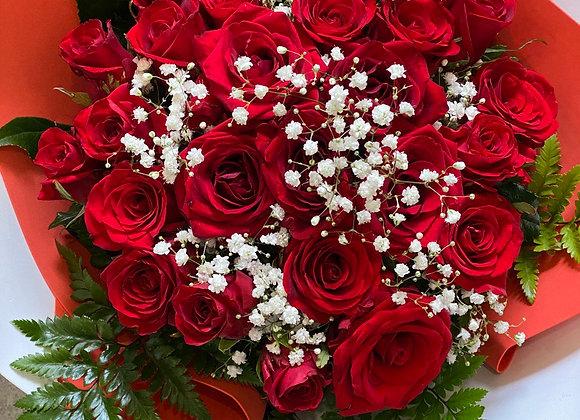 """Букет из красных роз """"Пожелание"""""""