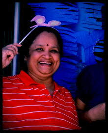 Neelam Gupta, Company Secretary