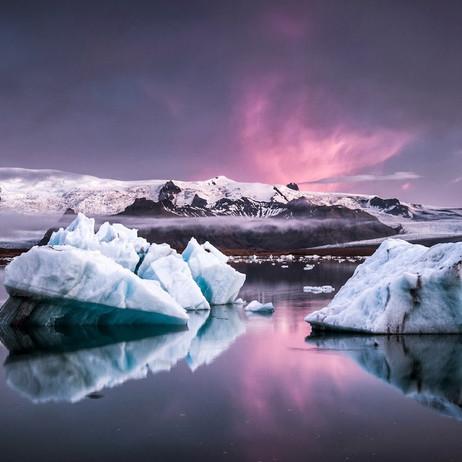 Holmlands Heads to Iceland