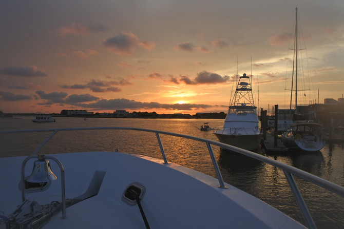 Delivery on 100' Hatteras. Beaufort, NC