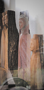 Holzheiten Figuren Anke Oltscher Bildhauerin