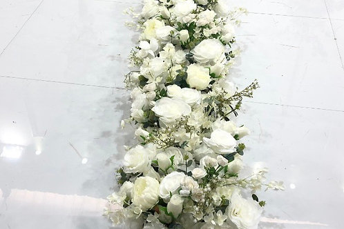 Deluxe top table arrangement
