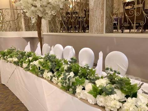 top table arrangement, floral arrnagment wedding, wedding flowers, albrighton hall wedding venue