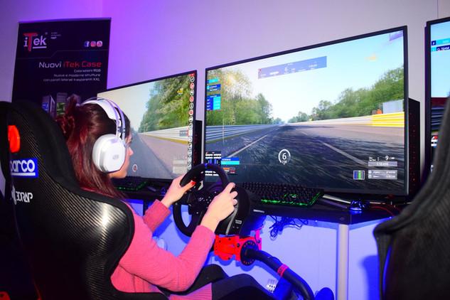 sala lan simulazione di guida melzo simracing