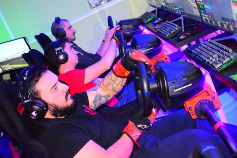 1° Campionato TCR by FastGarage al centro simulazione e sala LAN PC-TEKLAB.