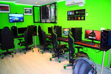 Sala LAN PC-Teklab Milano