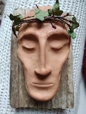 Jesu ansikte, handgjord skulptur i lera av Marie Ek Lipanovska