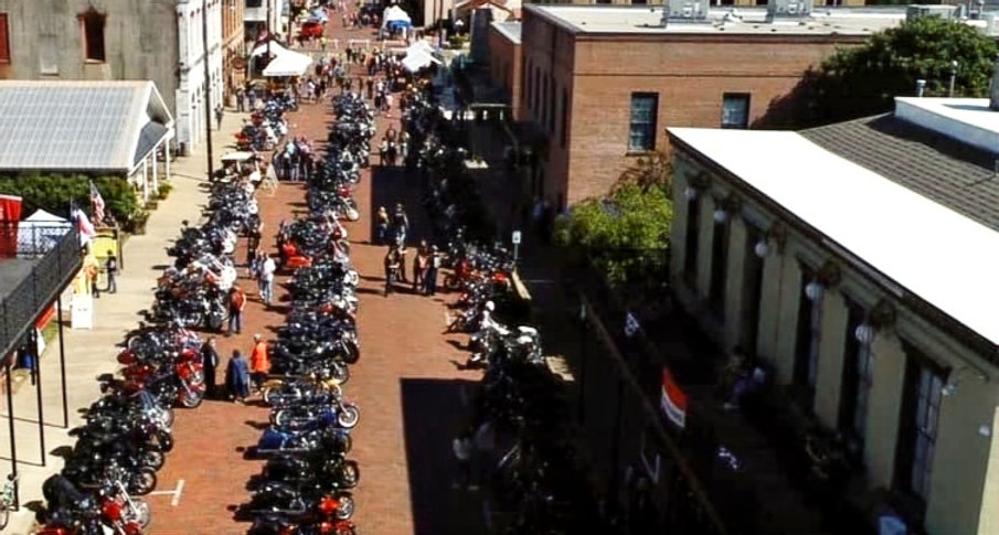 motorcycles lining the street with building all around_edited.jpg