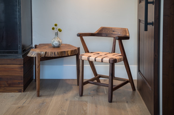 Arm Chair - Oak round side table