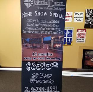 banner stand.jpg