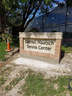 tennis sign.jpg